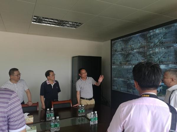 江西省農墾事業管理辦考察組到良圻管區考察